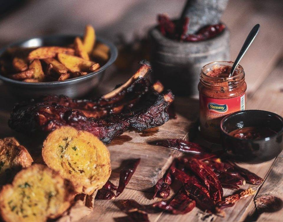 mazavaroo and chilli sauce