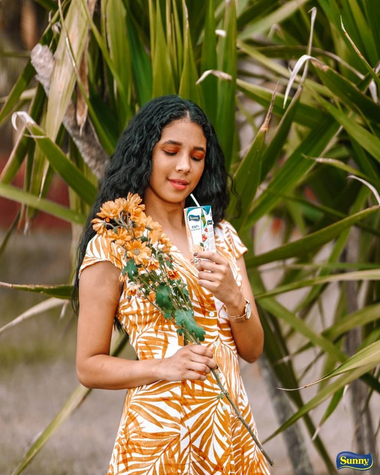 sunny juice tropical