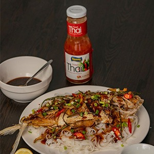 featured-recette-rice-noodle-with-fish-fillet-thai-sauce